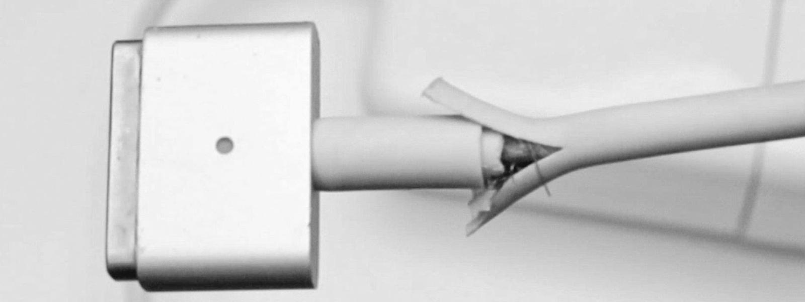 Naderwany kabel w zasilaczu Magsafe Apple? Nie trzeba przepłacać