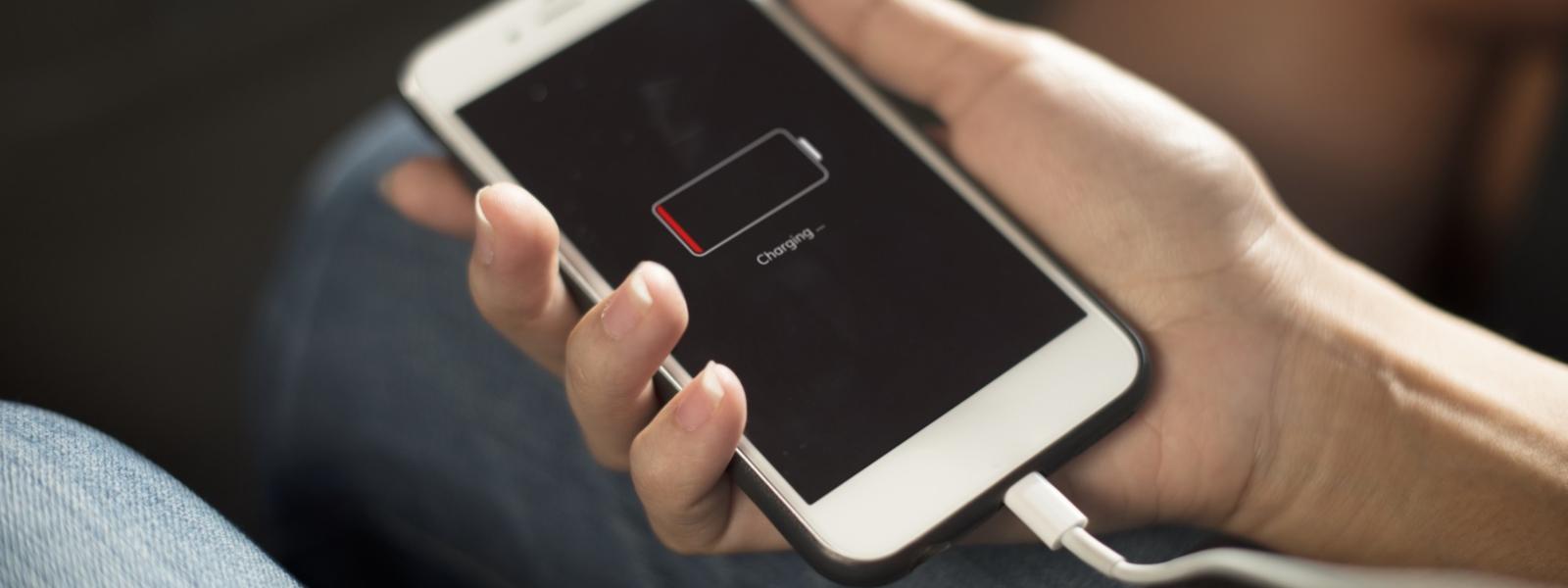 iPort - cennik wymiany baterii w iPhone'ach